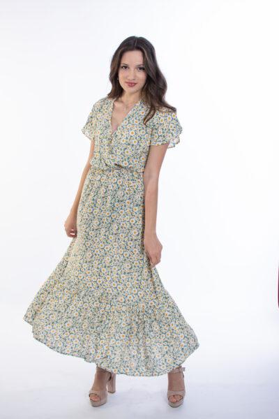 ellen μοντέλο φοράει φόρεμα με χαμομήλι